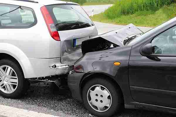 Long Island Car Accident Lawyer | Law Offices of Elan Wurtzel